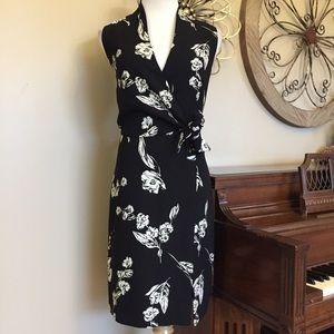 Jones Wear Size 10 Black Floral Tie Waist Dress